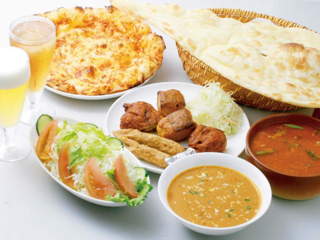 南砂町・菊川エリアのインドレストラン、インド料理 ギータ(Gita)のオフィシャルページです。お店の基本情報やおすすめの「2色カレーセット」「B.ランチセット」「C.ランチセット」をはじめとしたメニ…