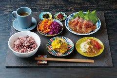食堂カフェpotto×タニタカフェ もりのみやキューズモールBASE