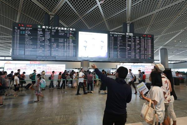成田国際空港の新しい魅力発見!3つのターミナルを巡る見学ツアー ...