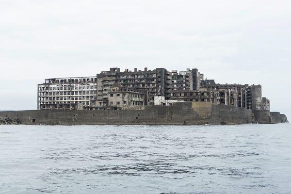 軍艦 島 と は 軍艦島とは|軍艦島ツアー/シーマン商会