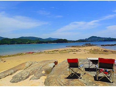 無人島に着いたら、思う存分自由時間をお楽しみください。