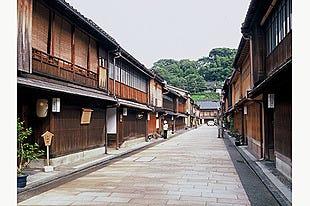 金沢|貸切タクシーで悠々金沢観光♪有資格ドライバーのガイドで名所巡り【金沢の歴史と食の散策コース】