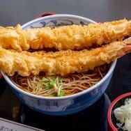 尾張屋の天ぷらデカ盛り蕎麦は絶対におすすめ!浅草の老舗名物グルメを食べてきた