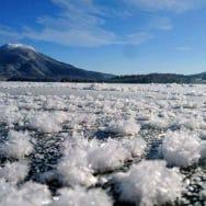到球藻的故鄉「阿寒湖」,體驗神秘的自然與愛奴文化以及療癒的溫泉之旅