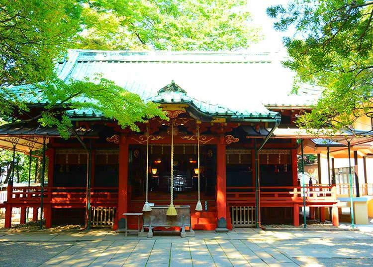 8 - Akasaka Hikawa Shrine