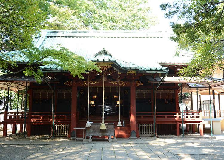 8: ศาลเจ้าอะคะซะคะฮิคะวะ (Akasakahikawa-Jinja)
