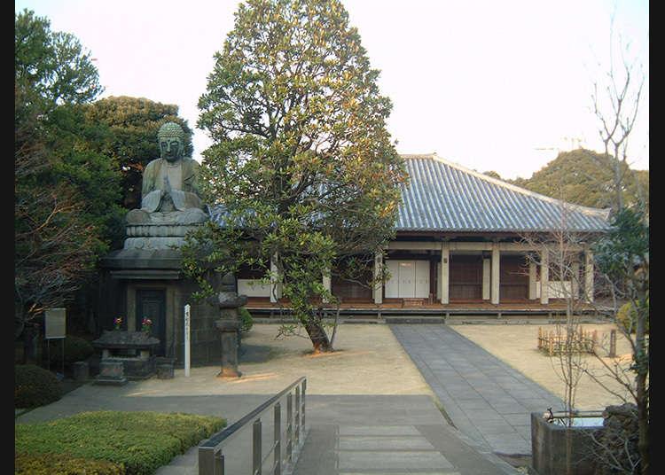 10. Kuil Tennoji