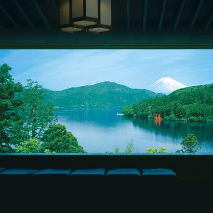 可以将芦之湖一览无遗的绝景美术馆