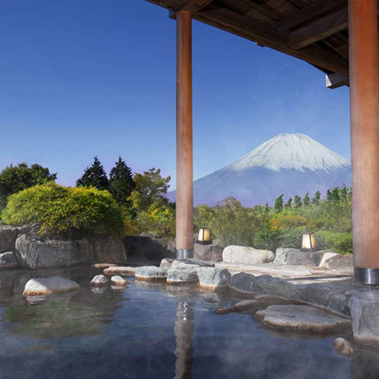 一边看着富士山一边体验泡露天温泉的乐趣吧!