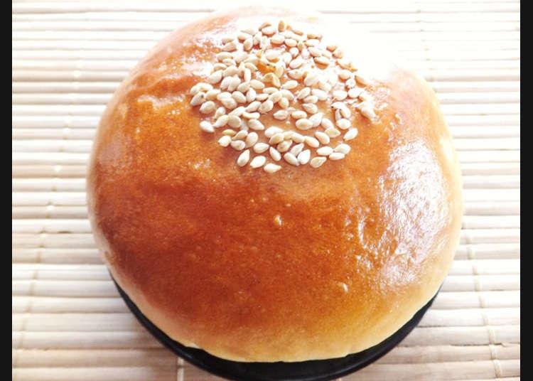 Roti kelahiran Jepun yang disesuaikan dengan kesukaan orang Jepun