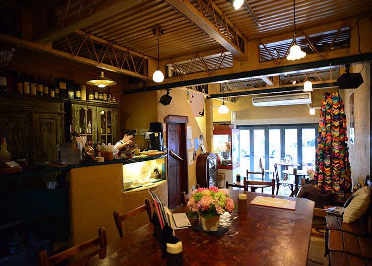 Gallery ef, Kafe didalam Gudang Tradisional Jepang
