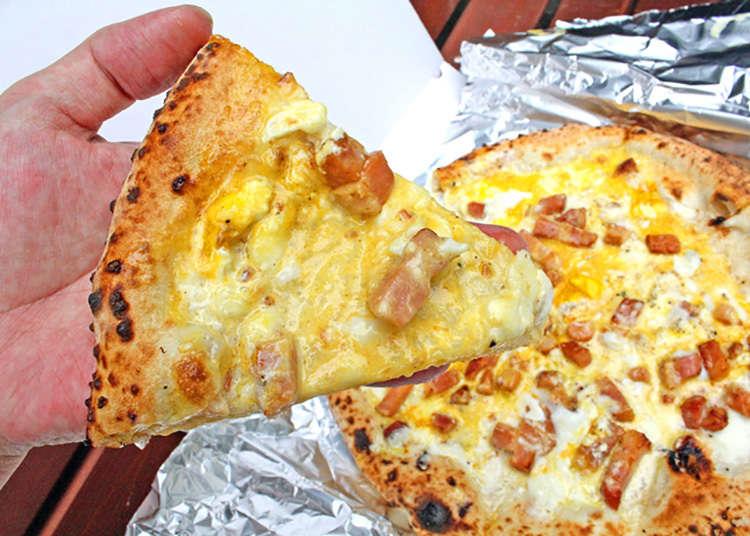Pizza asli ketuhar batu yang diimport dari Itali