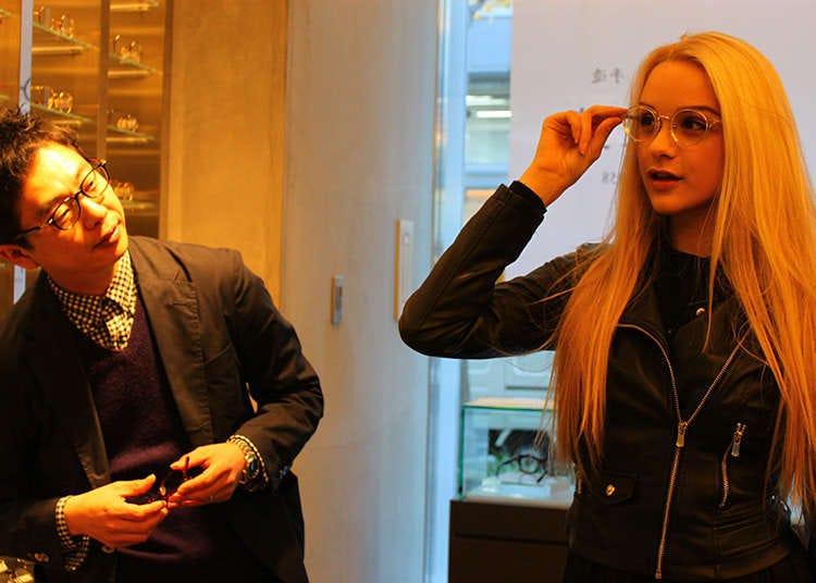 แว่นตาที่ได้รับความนิยมจากชาวต่างชาติด้วยเช่นกัน