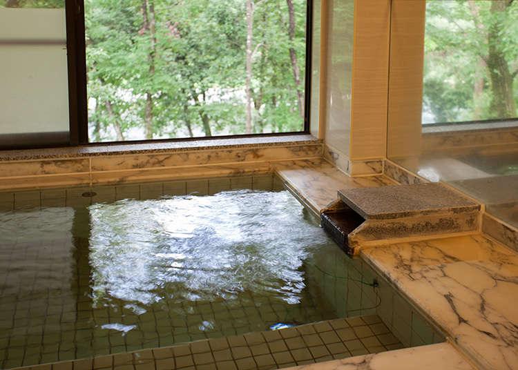 可以將多摩川盡收眼底的大浴場