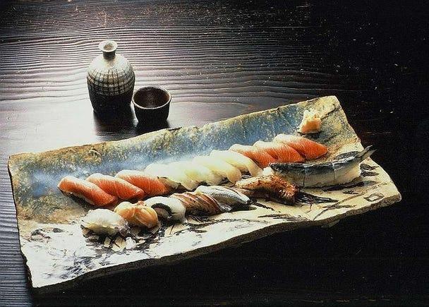 高級寿司店で豪華なランチタイム