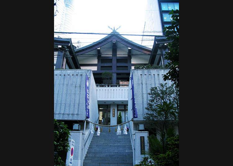 Making a visit to Izumo Shrine Tokyobunshi