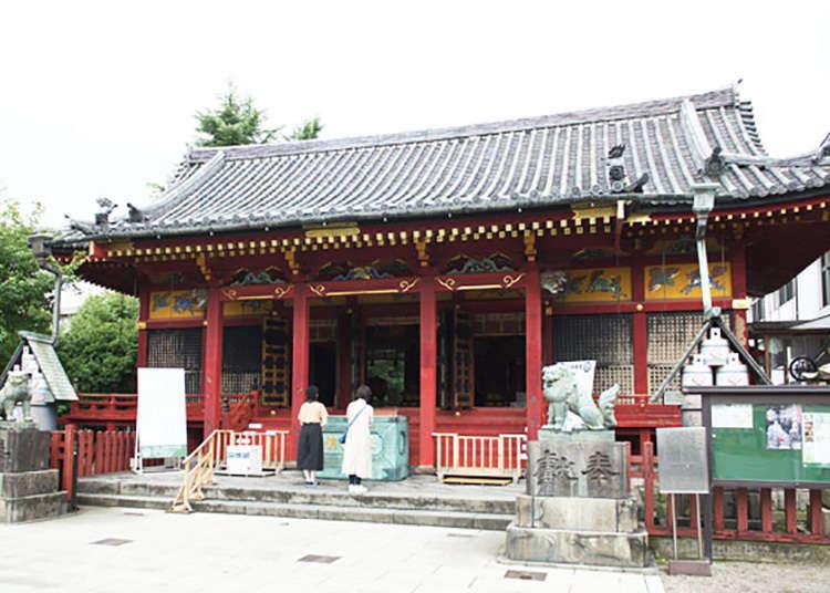 以江戶人精粹的祭祀著而聞名的「淺草神社」