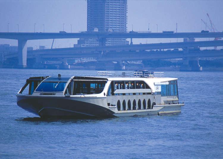 "Menikmati pemandangan Odaiba dengan menaiki ""Sea Bus"""