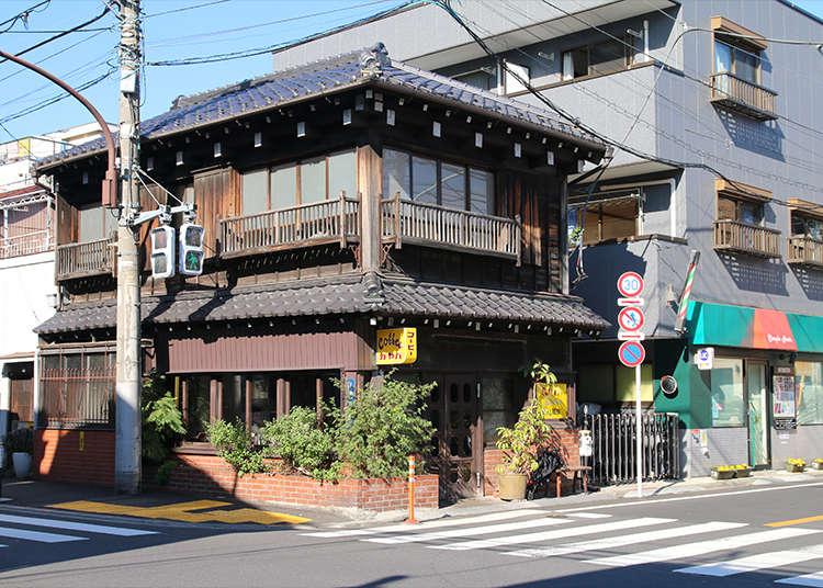 """Kayaba Coffee"" คาเฟ่ที่เปิดบริการในบ้านโบราณที่มีอายุ 100 ปี"