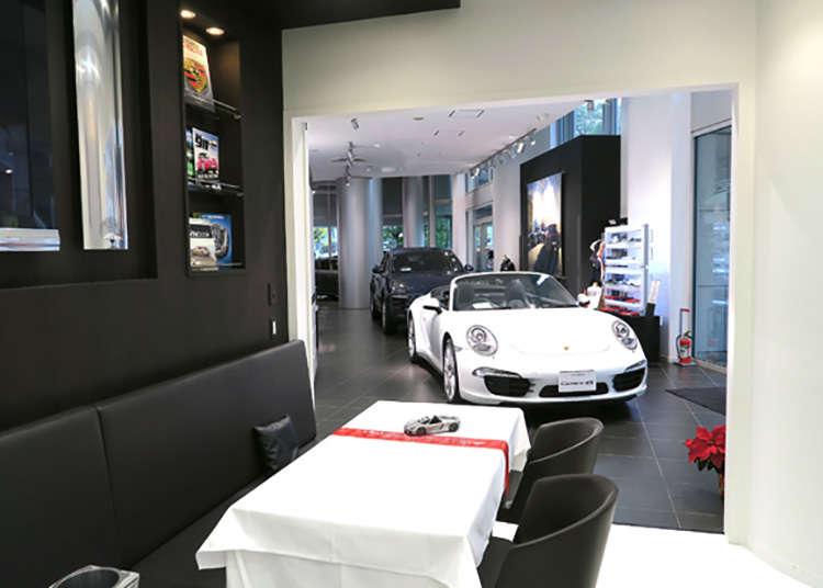 Terimalah manisan yang mengambil bentuk Porsche