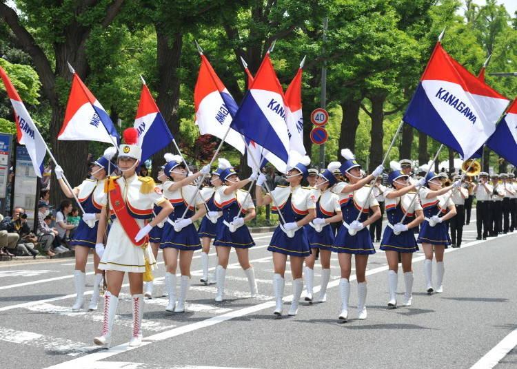 港町で開催される「ザ よこはまパレード」