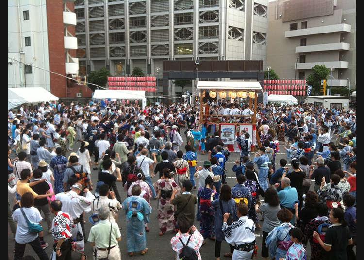 The 24th Gujō Odori in Aoyama