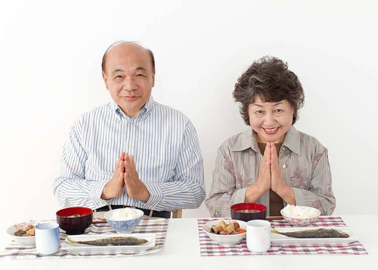 """""""อิทาดาคิมัส (ทานแล้วนะคะ/ครับ)"""" กับ """"โกะจิโซซามะ (ขอบคุณสำหรับอาหาร)"""""""
