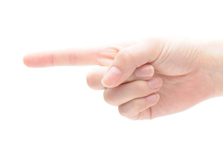 不要用手指指人、不要一直盯著別人的眼睛看