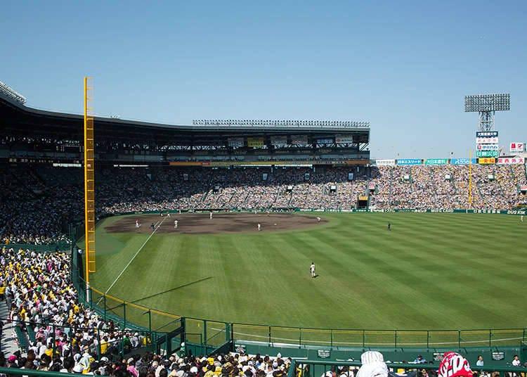 เบสบอลระดับมัธยมปลายในฤดูร้อนจะทำให้ทั่วทั้งญี่ปุ่นรื่นเริงสนุกสนาน !