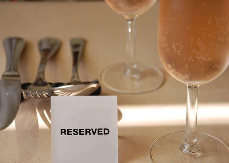 Perlukah Membuat Reservasi di Restoran?