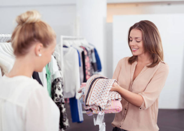 2. Ask the staff when clothes shopping in Japan