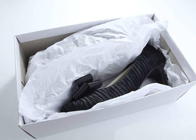 Pemulangan berbentuk barangan kasut