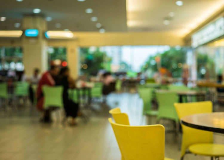 일본의 패밀리 레스토랑, 패스트푸드의 보급