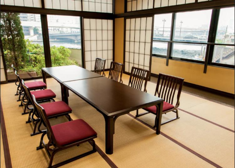 스미다강을 바라볼 수 있는 운치있는 화실(일본식 방)
