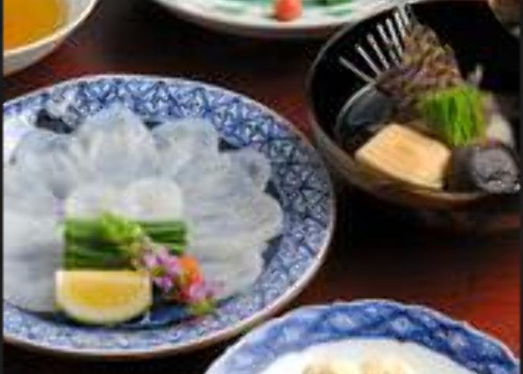 เต็มอิ่มกับปลาปักเป้าส่งตรงจากชิโมเซกิ
