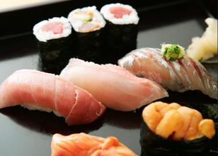 World-Class Culinary Arts: Restaurants Run by Internationally Acclaimed Chefs