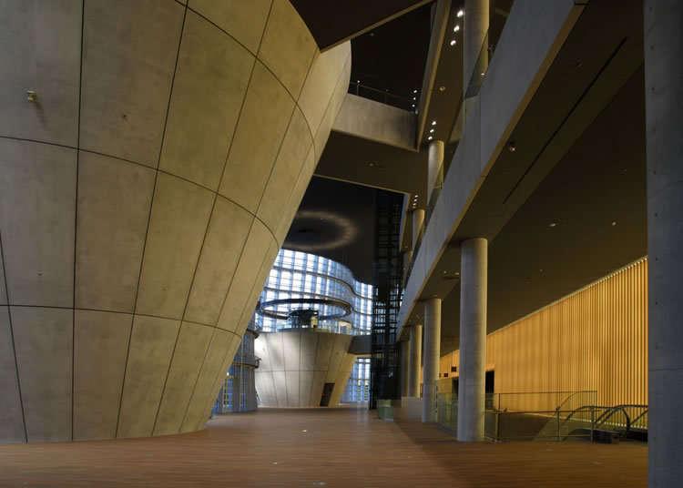 구로카와 기쇼 씨가 만들어낸 건물