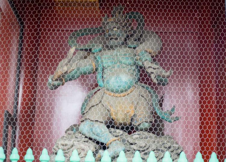 雷門にある「雷神像・風神像」
