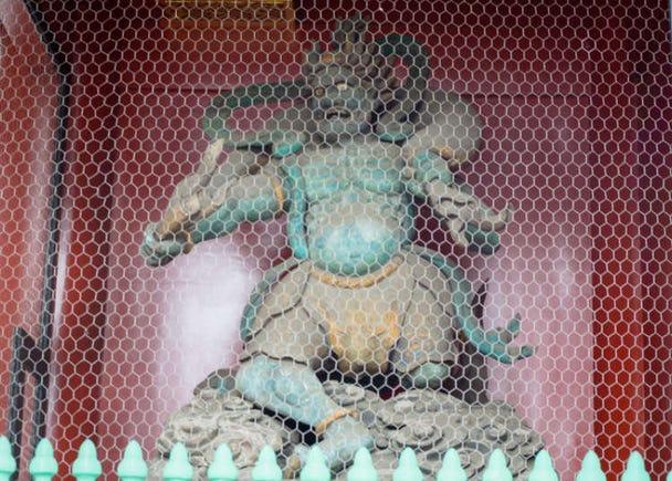 가미나리몬에 있는 '라이진(뇌신)상 ·  후진(풍신)상'