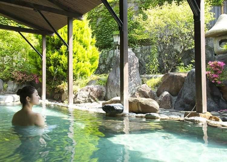 Pemberhentian air panas untuk turis yang berkunjung sehari