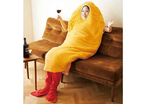 【ふわふわ】「着るエビフライ寝袋」がシュールすぎる!衣に包まれてエビ気分♪