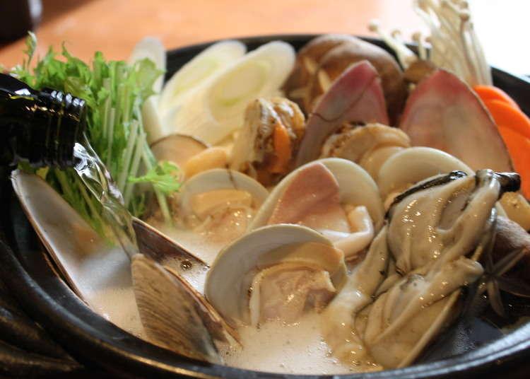 貝のうまみとエキスがたっぷり取れる「貝鍋」