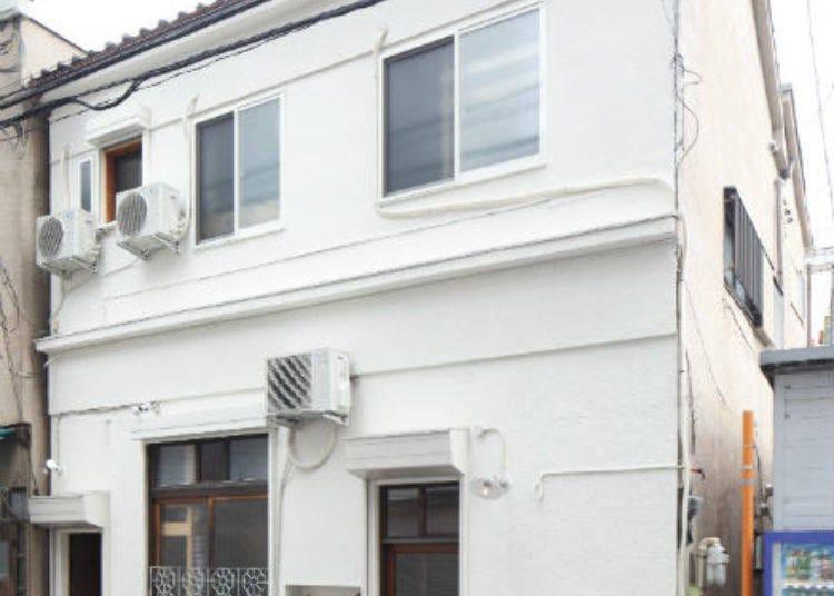 2. Tokyo Hiraki Guesthouse (Asakusa Kuramae)