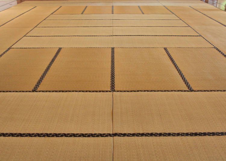 Tatami Sizes and Arrangements