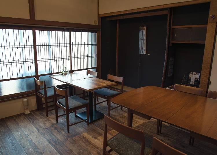 가이센돈 (해산물 덮밥) 이 인기! 아타미역 근처 'KICHI+'
