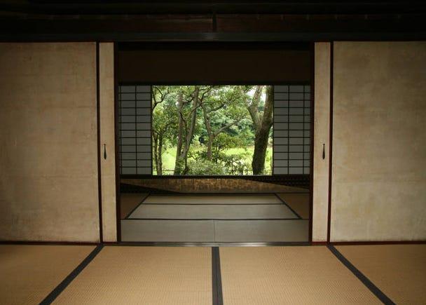 หากต้องการสัมผัสวัฒนธรรมดั้งเดิมของญี่ปุ่นล่ะก็ ต้องที่พัก และร้านอาหารบ้านโบราณสิ!