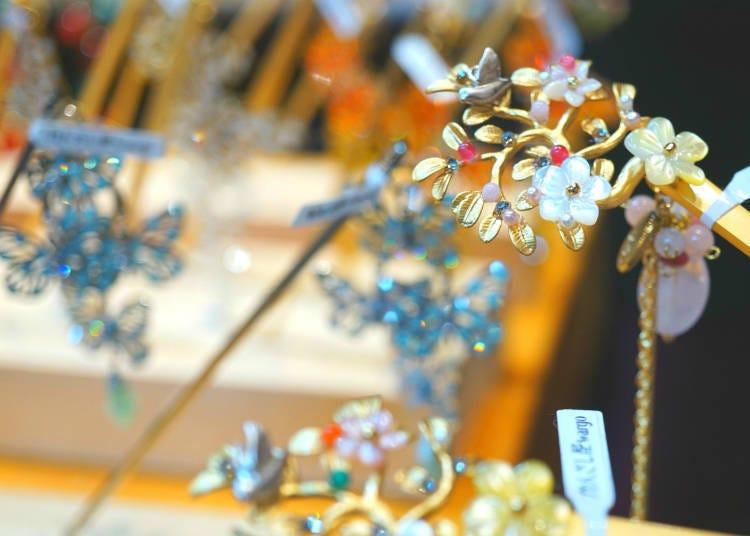 Perhiasan rambut tradisional Jepun, Kanzashiya Wargo / Tokyo Soramachi