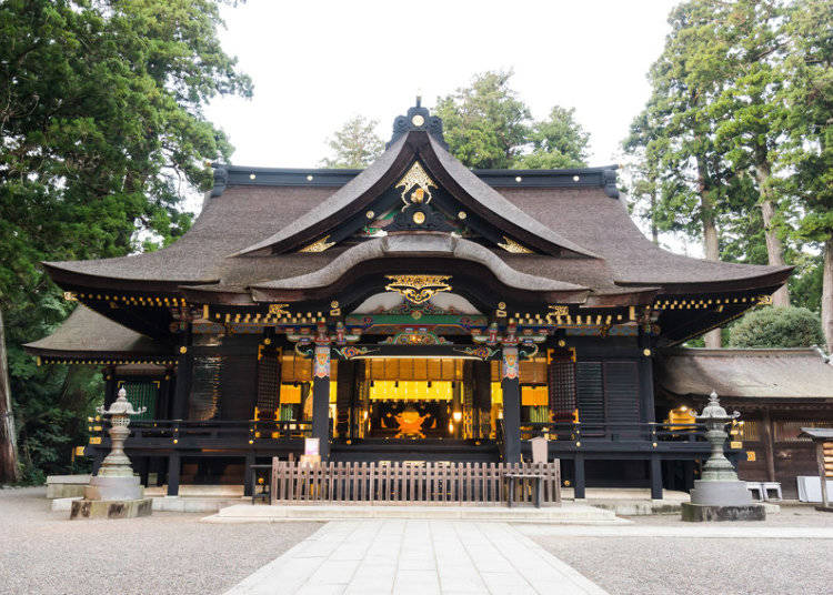Hatsumode: Experiencing Your First Shrine Visit in the New