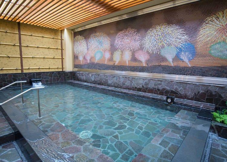 """再现罗马浴场!完全想象不到这里是繁华的新宿,可安静享受的""""泰尔玛温泉"""""""