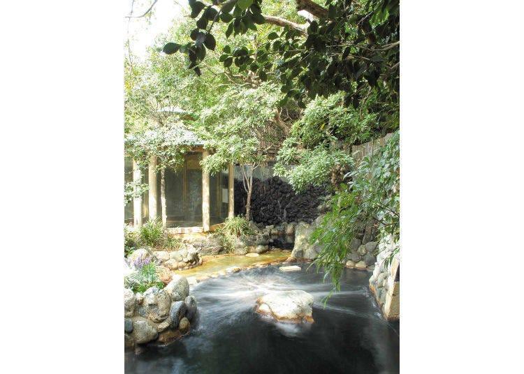 東京黑湯推薦②隱身於住宅區綠林中的「深大寺天然溫泉 湯守的里」